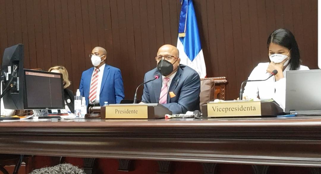Video | Diputados aprueban presupuesto en dos lecturas y en ausencia de los peledeístas
