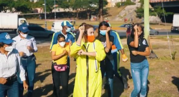 Video | Alcaldesa del DN celebra el Día Nacional del Merengue con un buen baile
