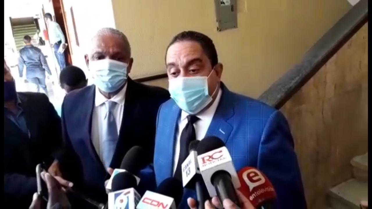 VIDEO | Apresamiento le provoca estrés a Fernando Rosa, además de padecer de tiroides, hipertensión y vitiligo