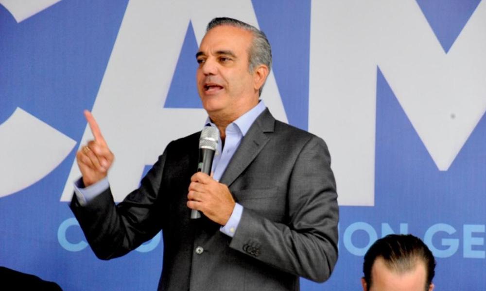 Luis Abinader asegura después del Covid-19 habrá más empleos y ayudas sociales que antes