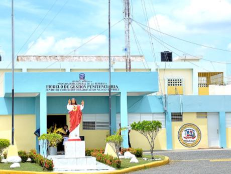 Persiguen interno que se fugó del Centro de Corrección y Rehabilitación de San Cristóbal