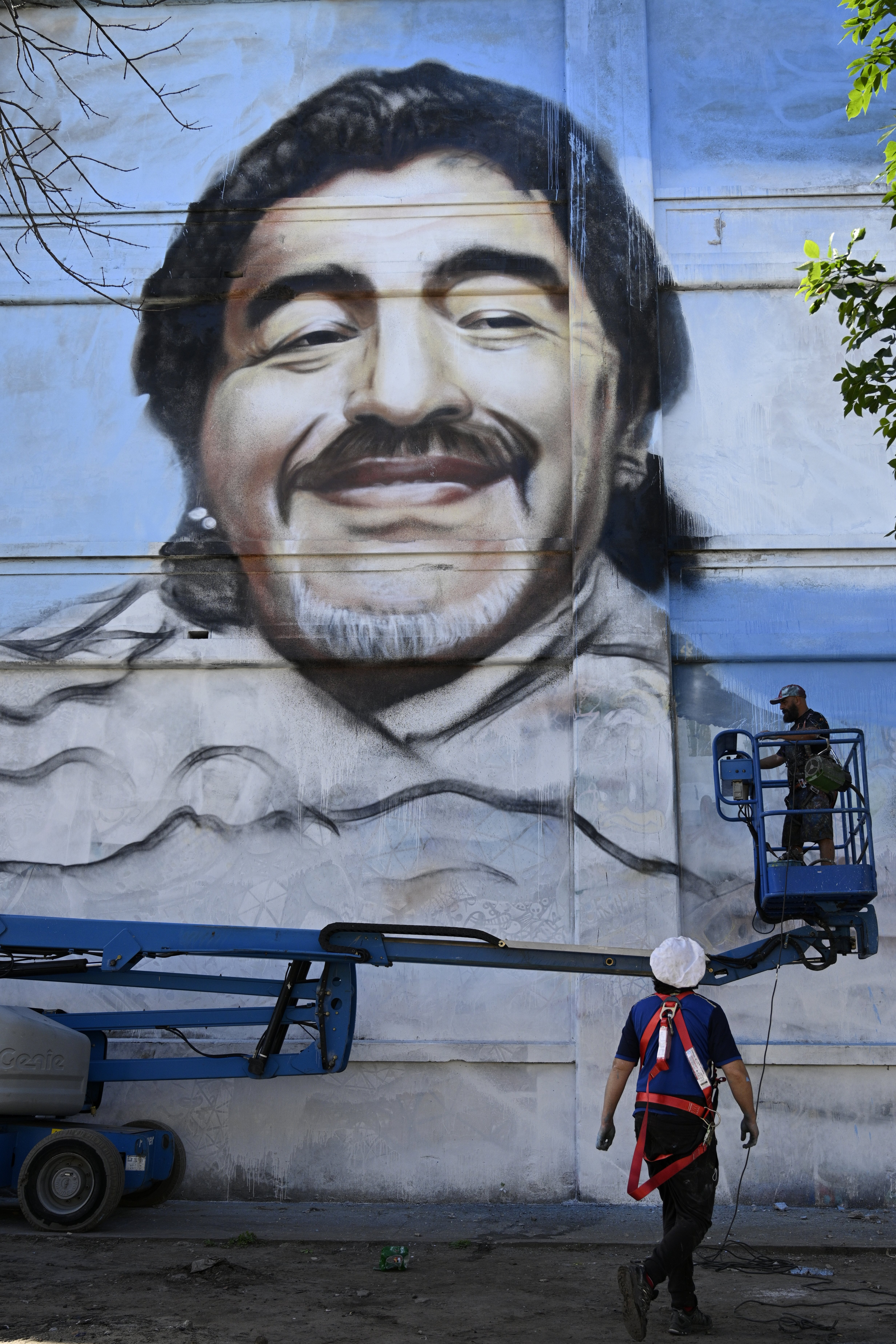 Legisladores proponen una calle Maradona y un circuito cultural en su memoria en Buenos Aires