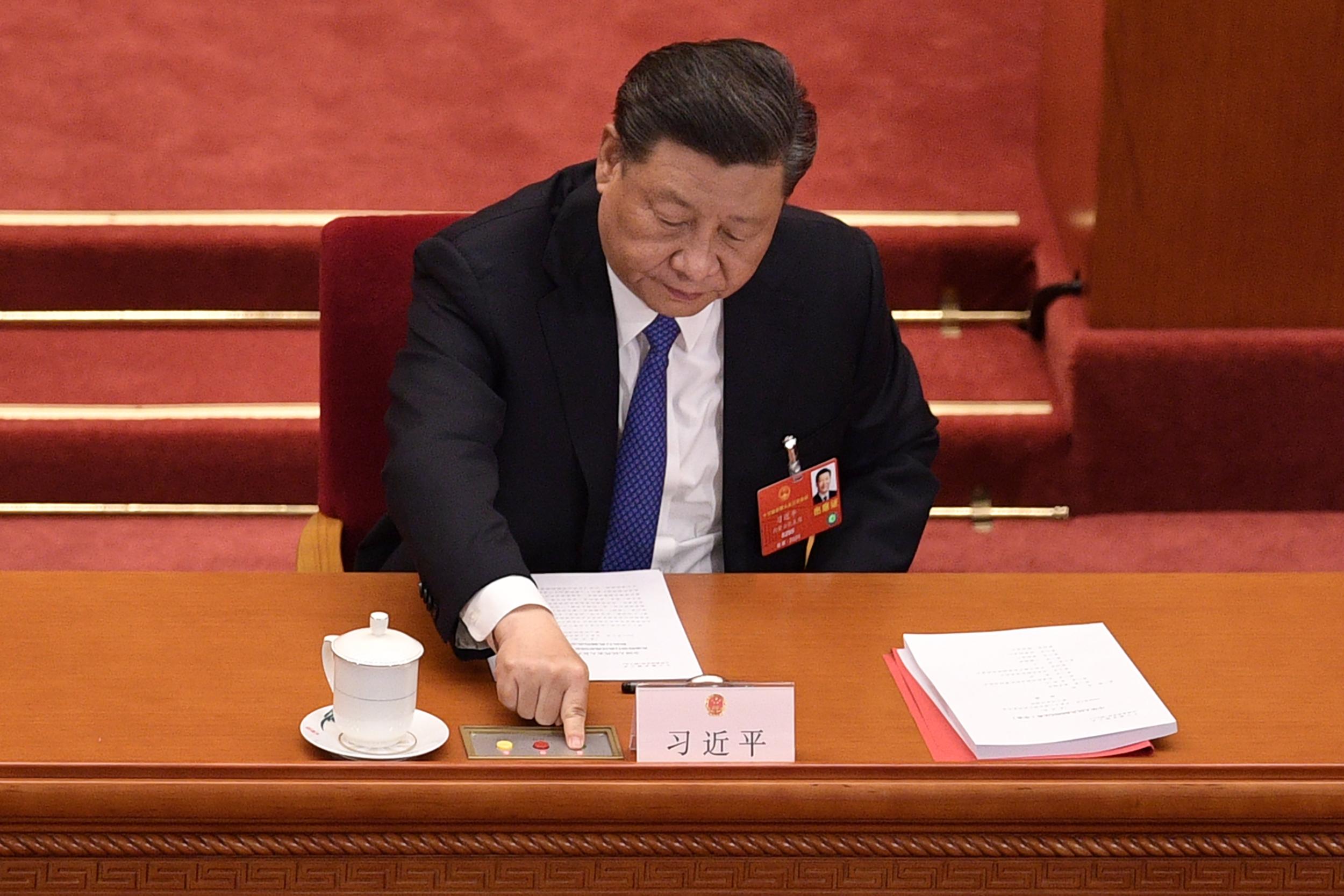 Líderes de China y la Unión Europea buscan definir acuerdo sobre inversiones