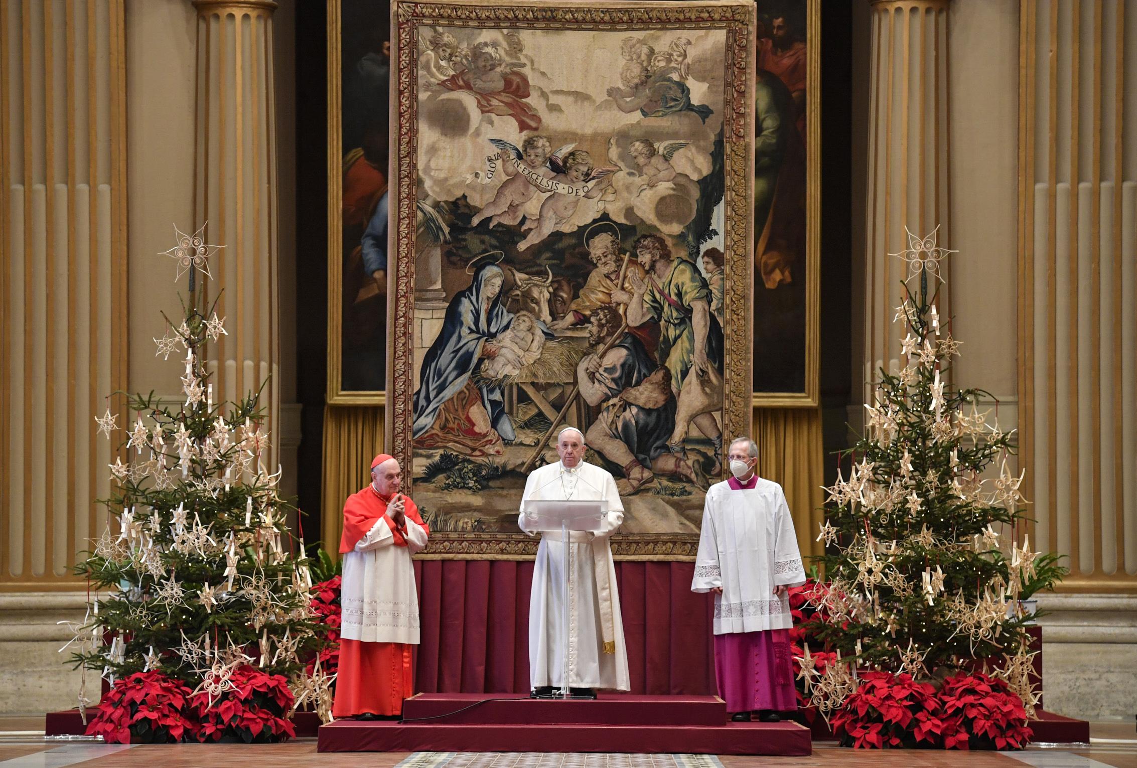 """""""Necesitamos más que nunca la fraternidad"""", dice el papa en su mensaje de Navidad"""
