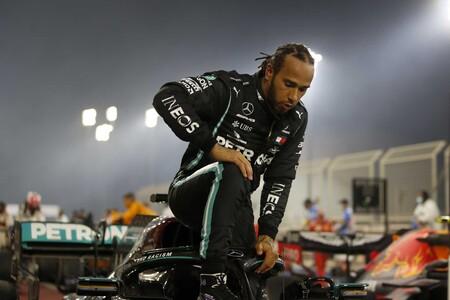 Lewis Hamilton recibe el título de caballero en Reino Unido por sus éxitos