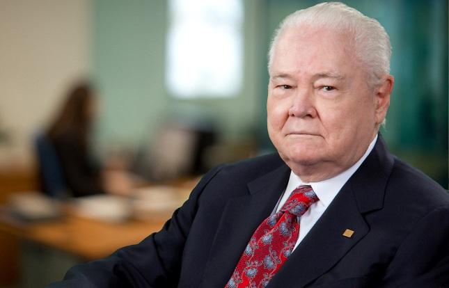 Muere a sus 91 años Don Alejandro Grullón, fundador del Banco Popular