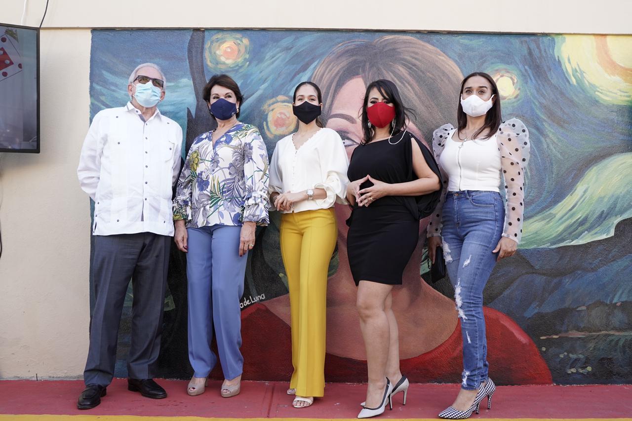 Alcaldía Santiago devela mural en homenaje a  trayectoria artística de Cecilia García