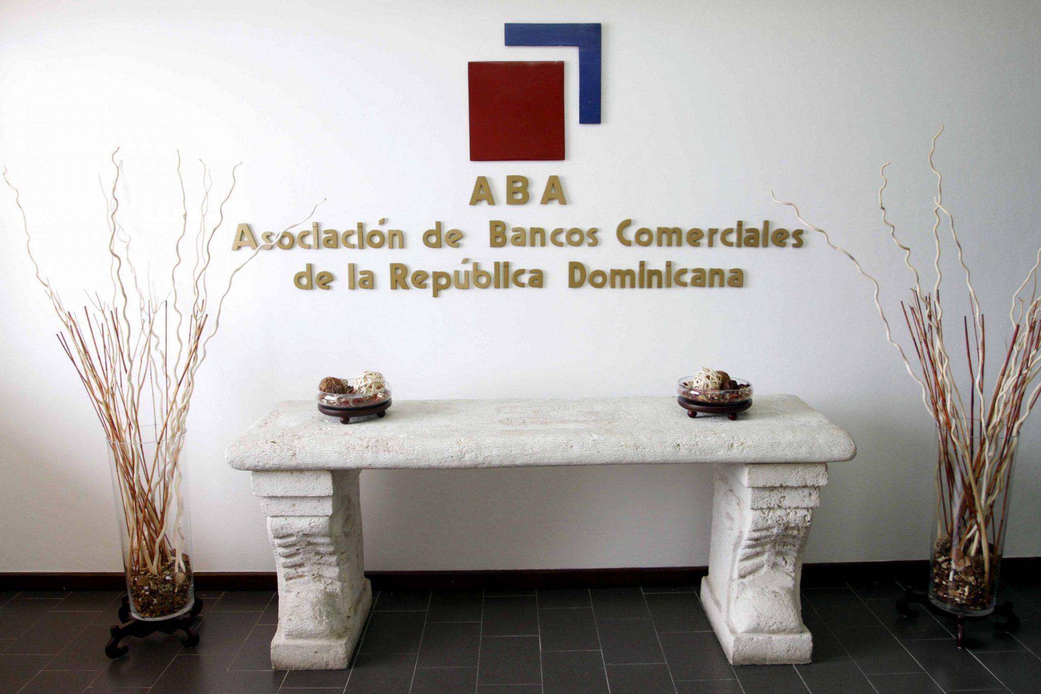 Entidades bancarias extienden horario los sábados