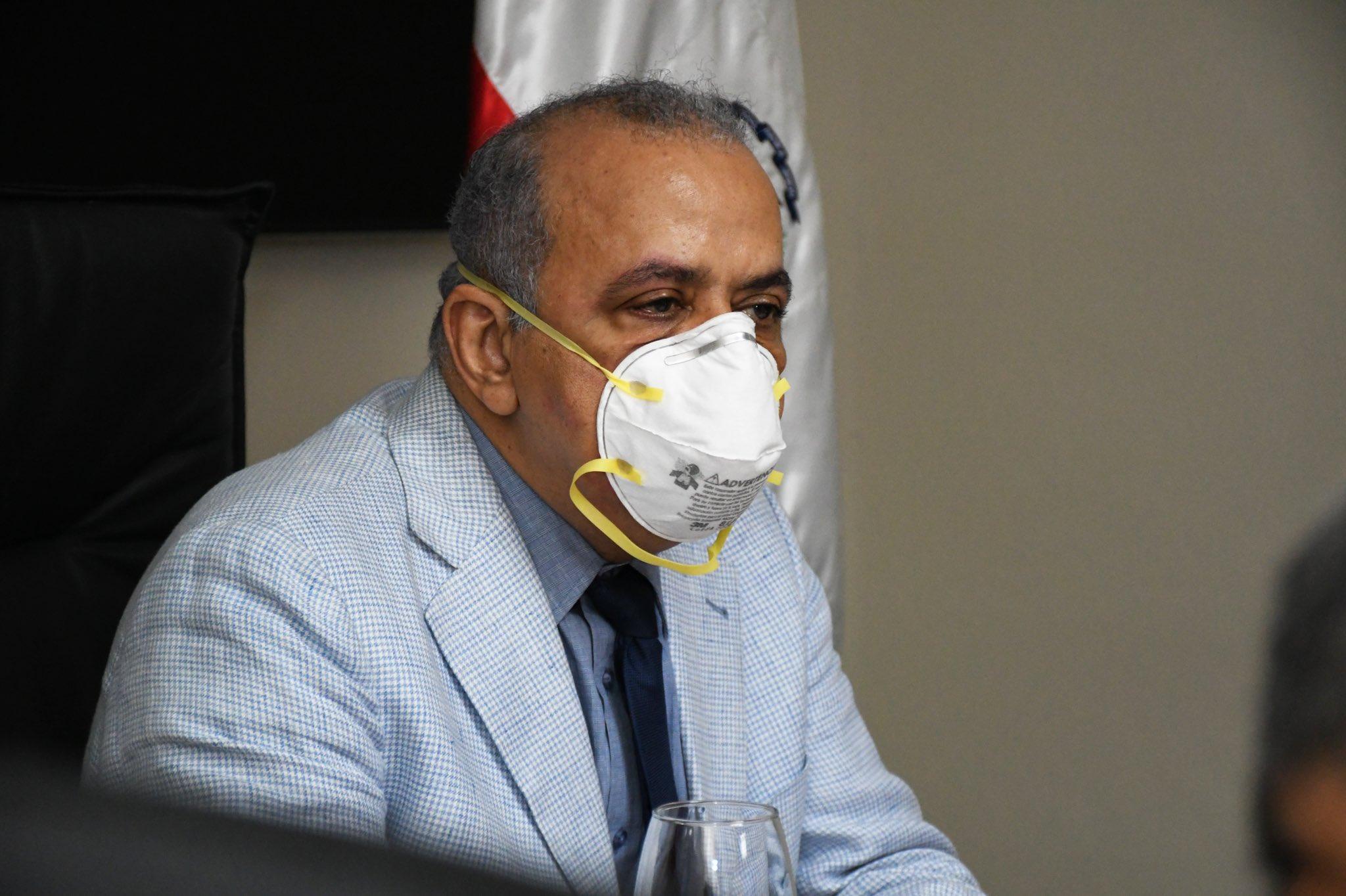 VIDEO | Ministro de salud asegura las medidas restrictivas serán más duras tras rebrote COVID-19