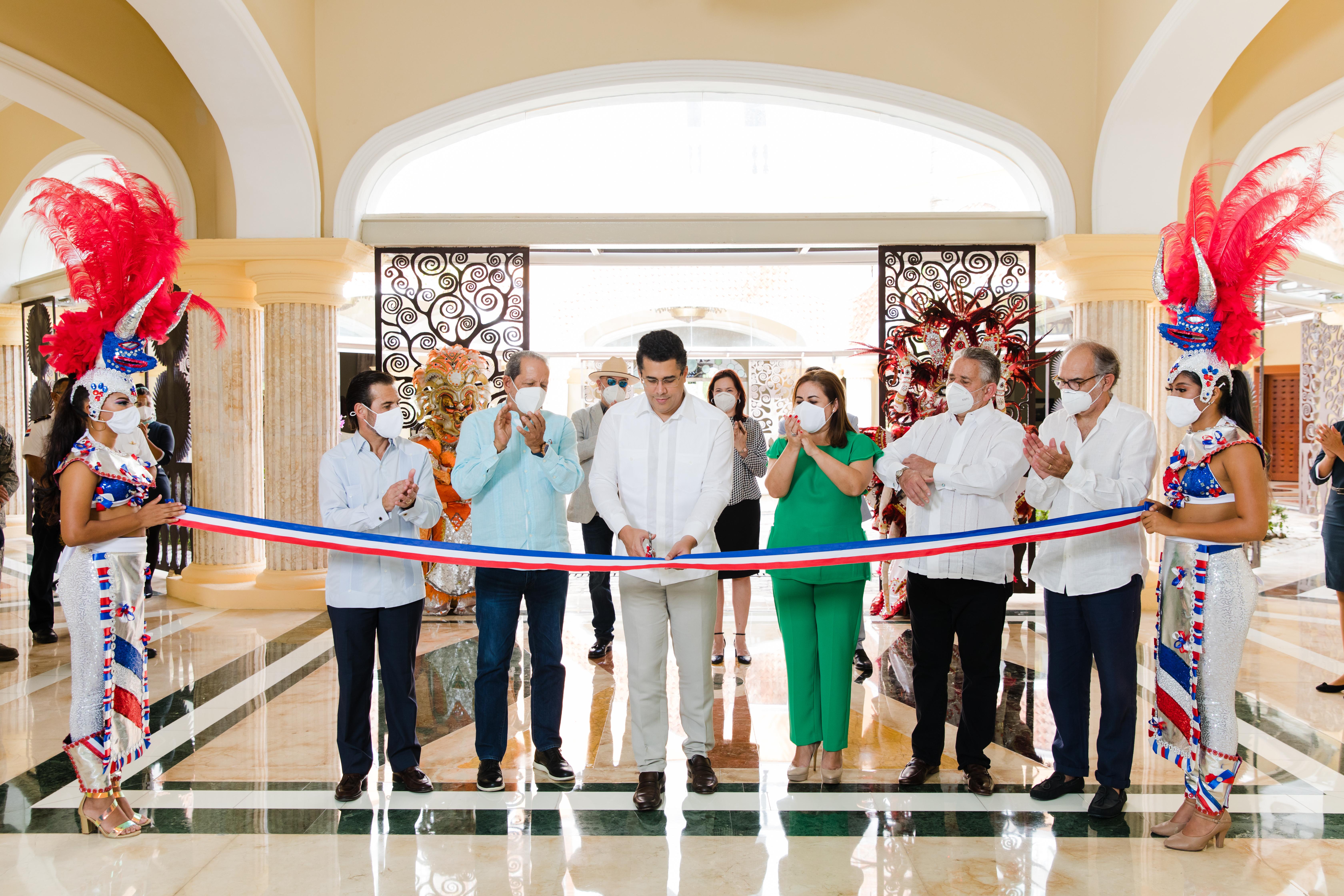 Reabre el Hotel Iberostar  Grand Bávaro