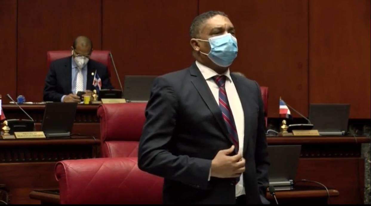 Video | Senadores del PLD piden respeto al debido proceso y garantías de derechos a acusados por corrupción