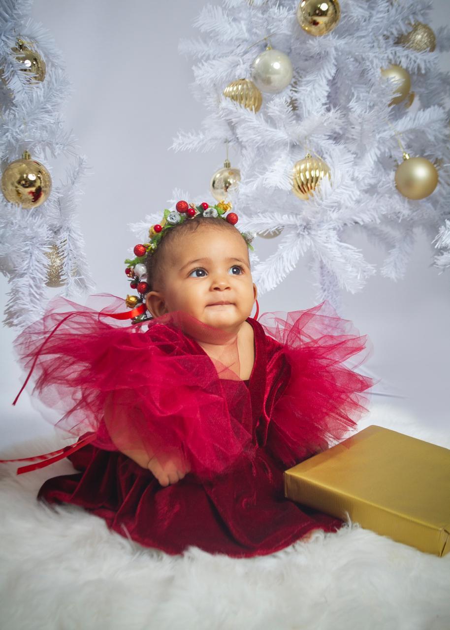 """Diseñadora Rossi Reyes presenta colección infantil """"Letters to Santa"""""""