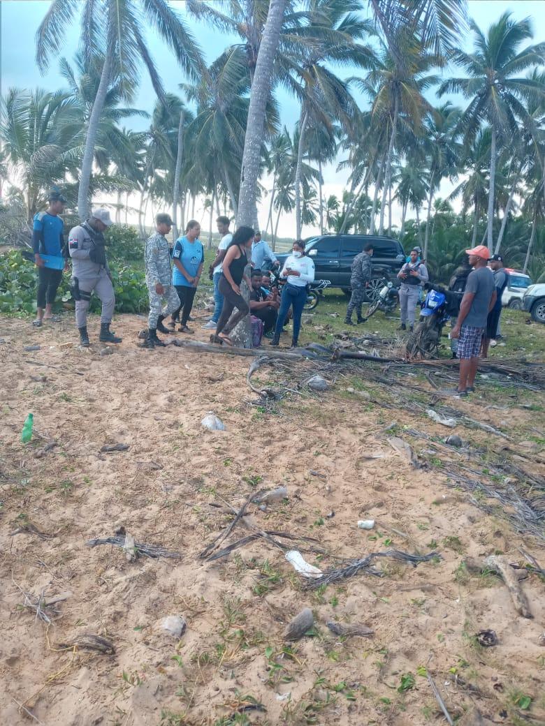 5 fallecidos y 7 rescatados registra naufragio en Playa Lava Cama, La Altagracia