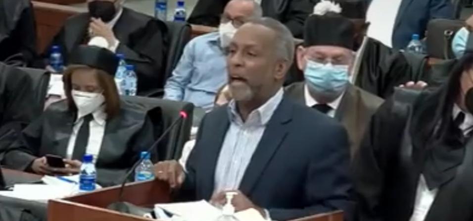 Rafael Germosén pide al juez  receso para ir al baño mientras se defendía