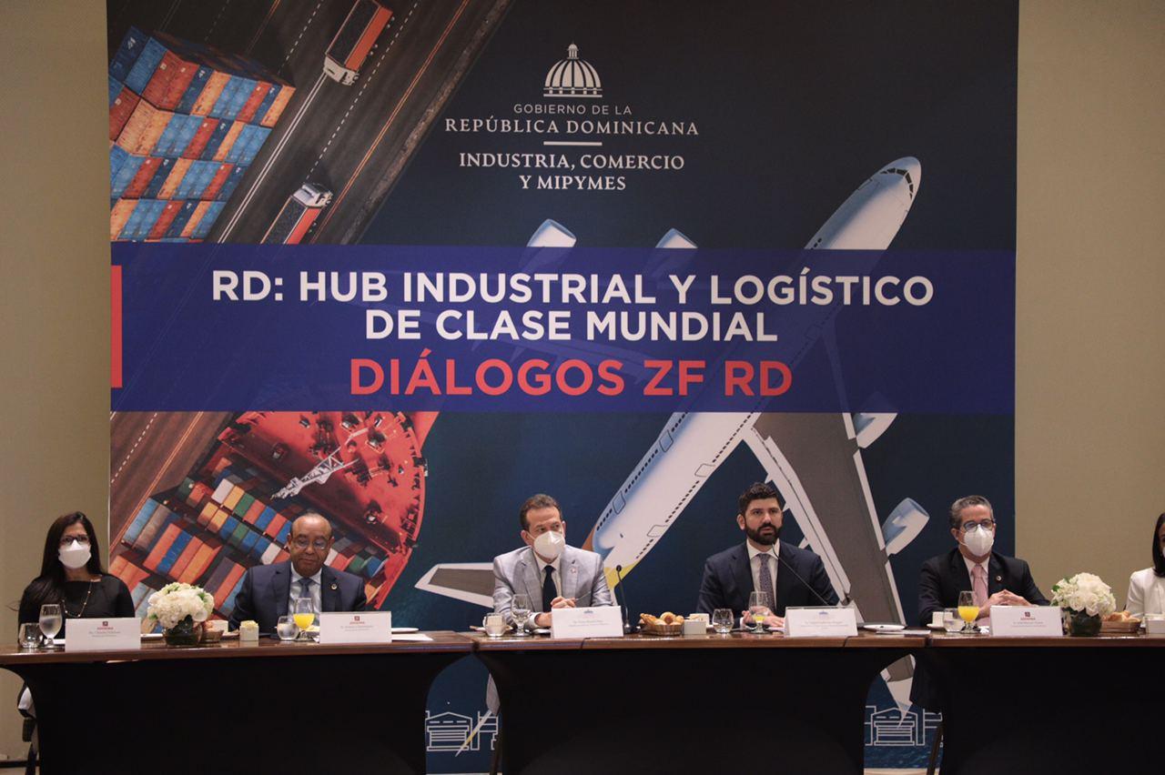 Ministro Bisonó afirma consolidación de Zonas Francas en recuperación económica del país