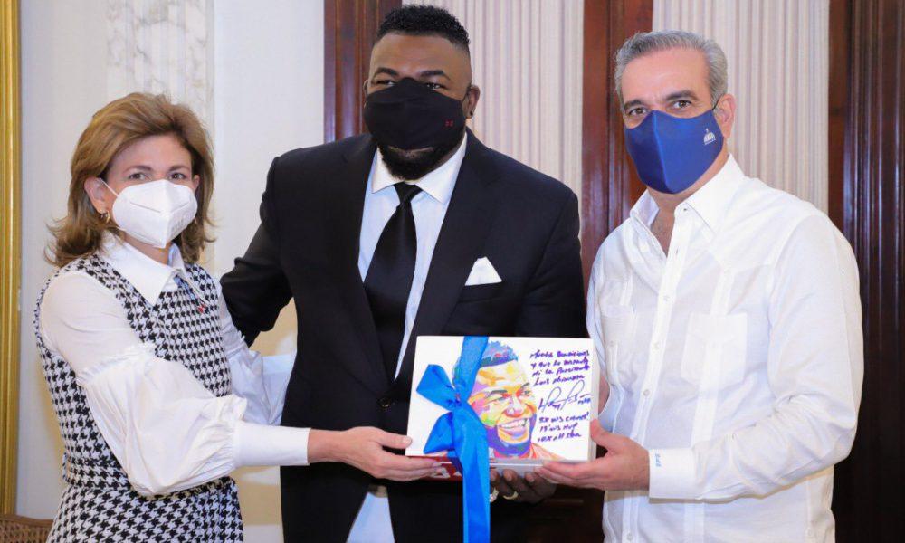"""Abinader se reúne con peloteros de Grandes Ligas, lo define como """"Marca País"""""""