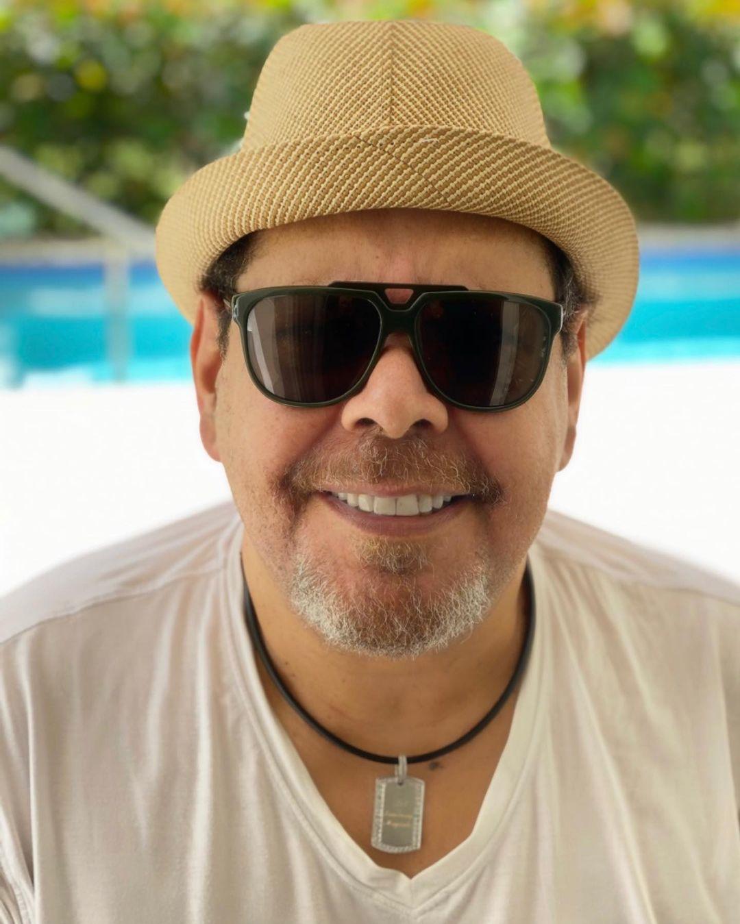 """Fernando Villalona """"Ya estoy en casa, gracias a Dios y a ustedes por sus oraciones"""""""