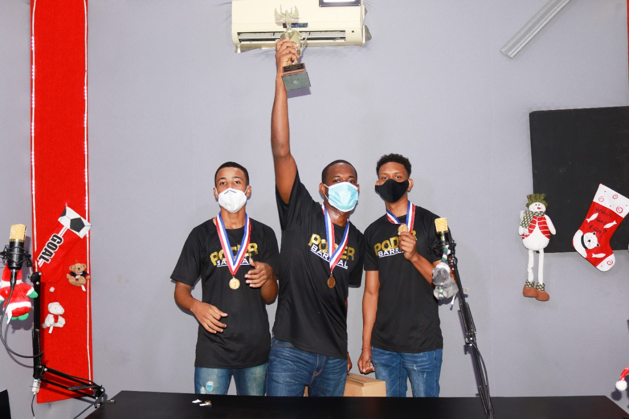 Dinamita, Ynner y SM ganadores de la Gran Final de Poder Barrial Freestyle