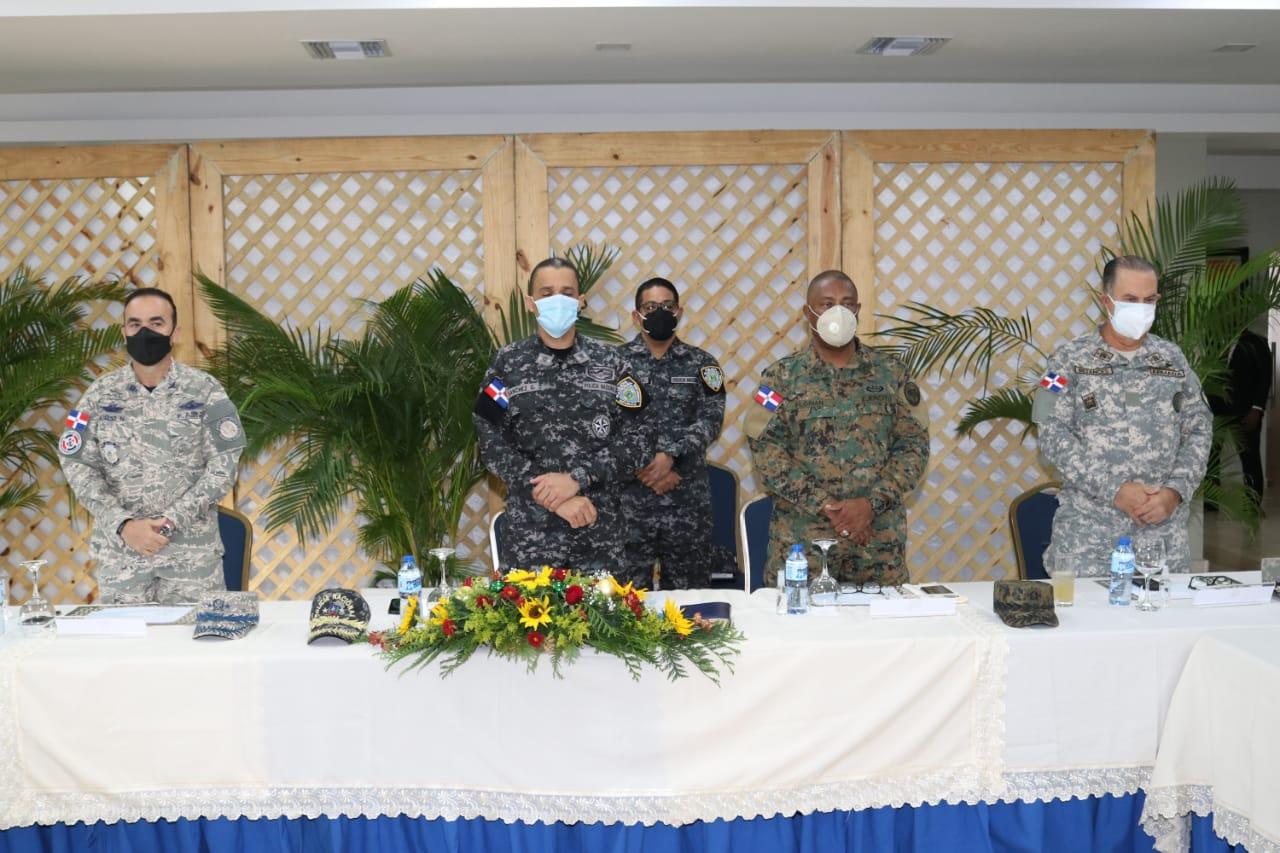 Fuerzas Armadas y Policía Nacional coordinan detalles operativo de seguridad especial por  Año Nuevo