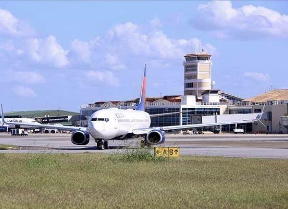 Conozca las disposiciones que regulan el acceso a los aeropuertos internacionales del país