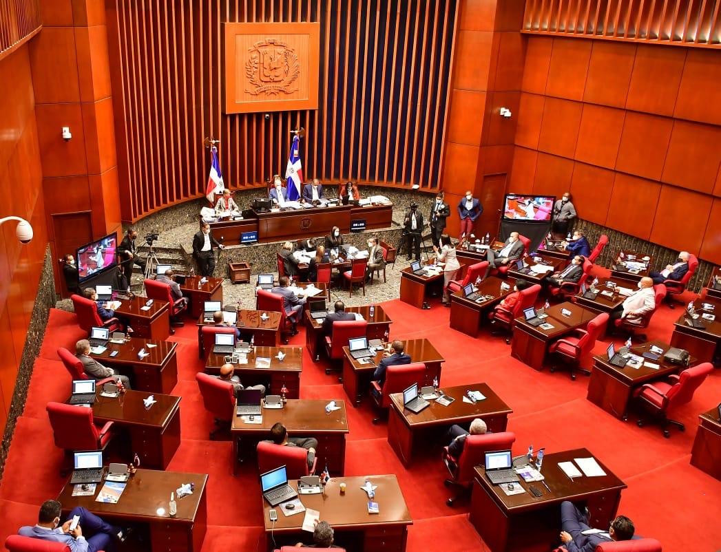 Senado aprueba en segunda lectura proyecto de Ley de Vacunas