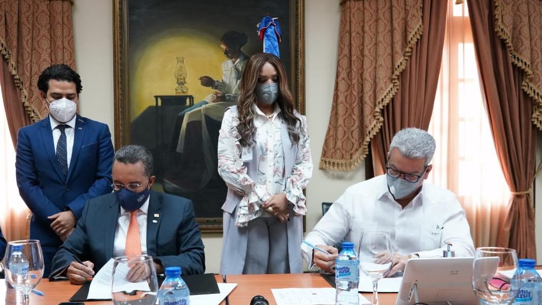 Ministerio de la Presidencia y AMCHAMDR acuerdan agenda común para inversión en República Dominicana