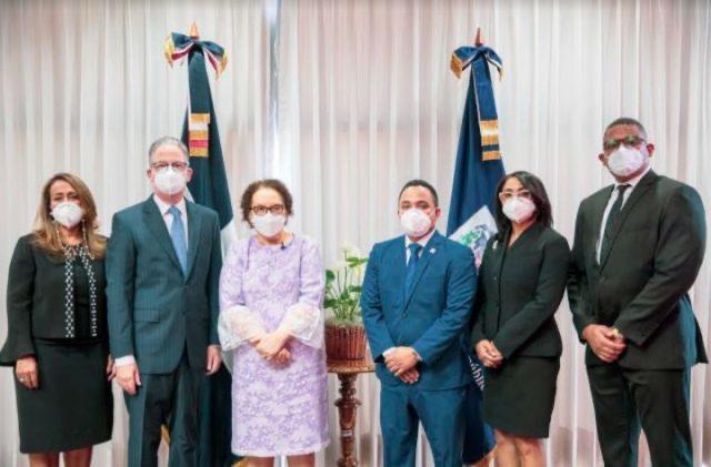 Se juramentan nuevos miembros del Consejo Superior del Ministerio Público