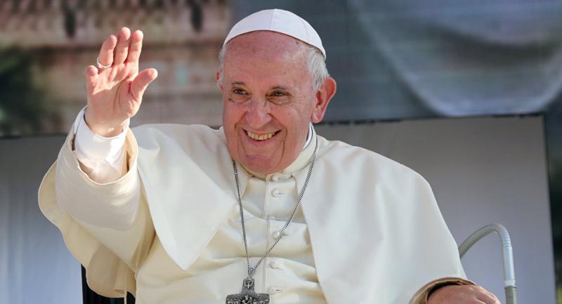 El papa anula varios compromisos a causa de un dolor de ciática