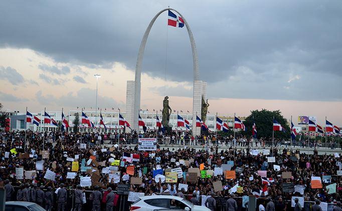 Convocan cacerolazo en Plaza de la Bandera en apoyo a la lucha contra la corrupción