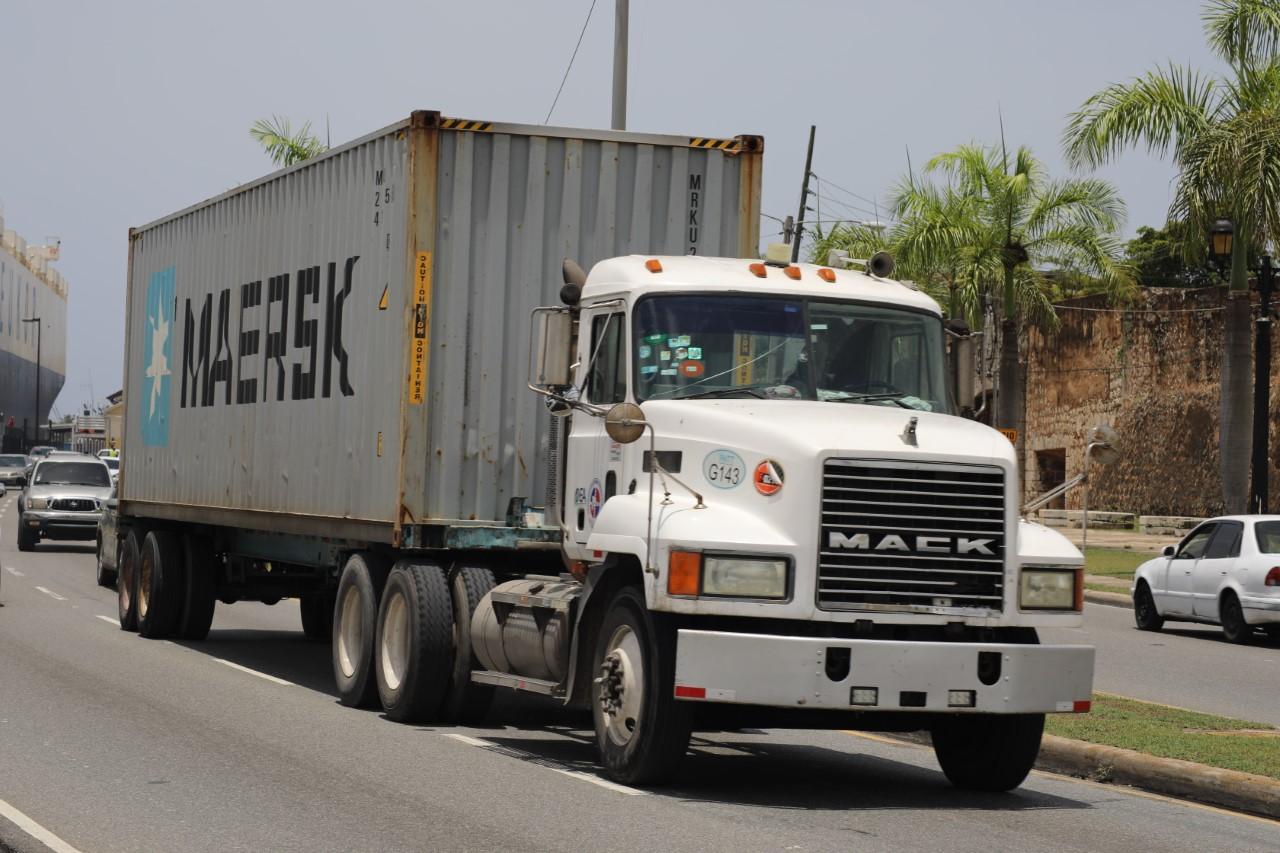 Prohíben circulación de vehículos de carga en Navidad y Año Nuevo