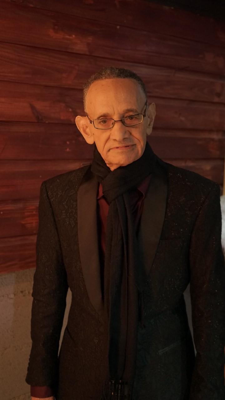 Luis Segura graba cuarto volumen junto a Romeo Santos y otros nueve cantantes