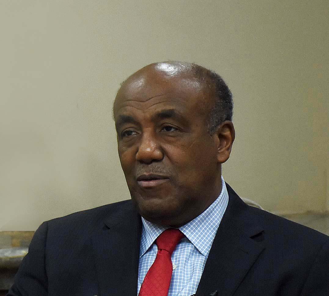 Ministro Almonte destaca aportes del sector minero a la economía nacional