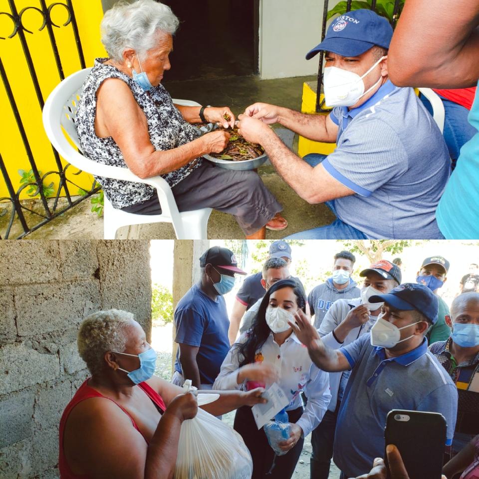 Héctor Acosta entrega bonos navideños a comunidades  más necesitadas de Monseñor Nouel