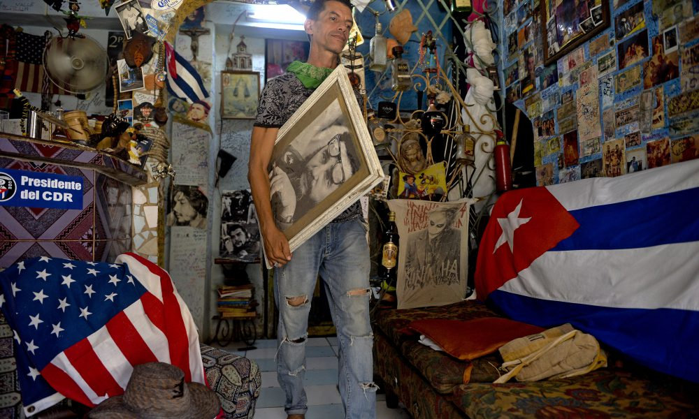 Cubanos comenzarán 2021 con un tsunami en sus finanzas personales