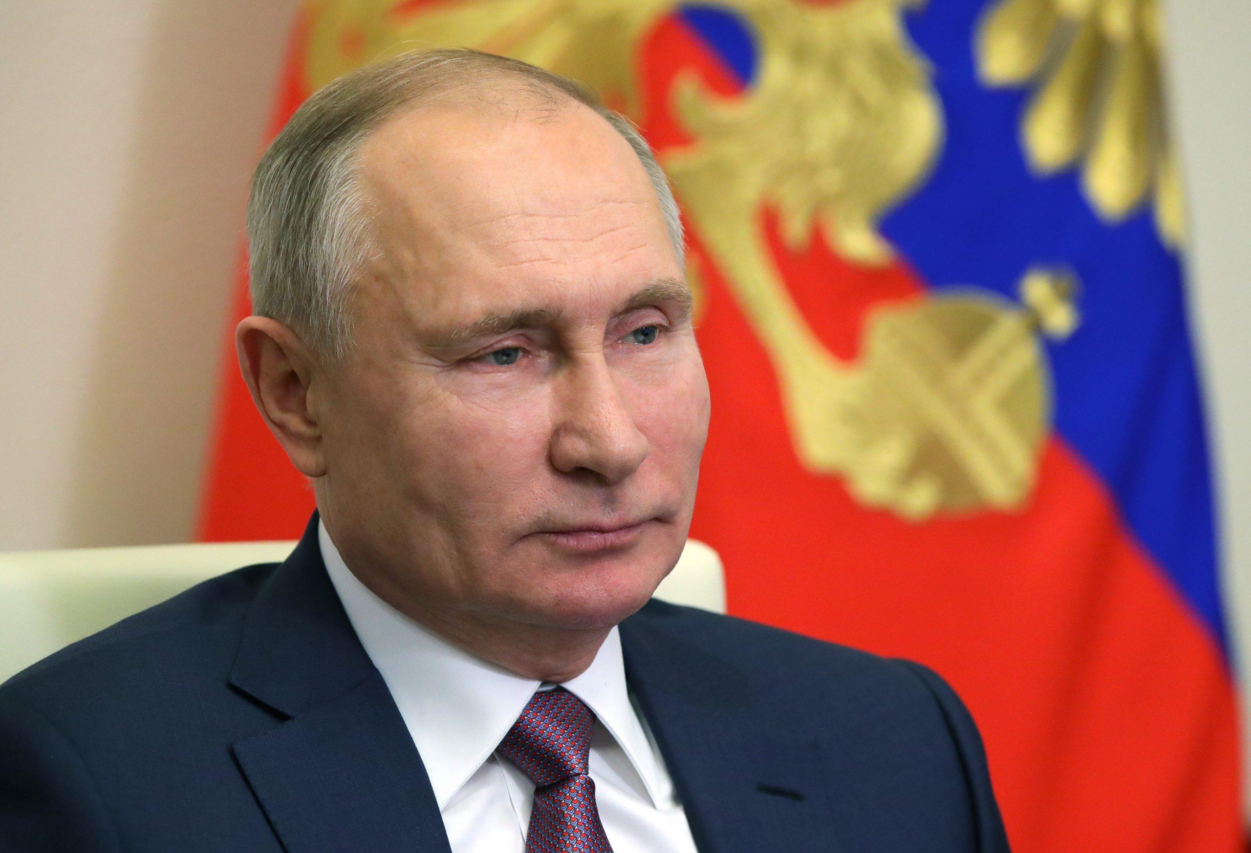 Putin desea a los rusos un Año Nuevo más prometedor