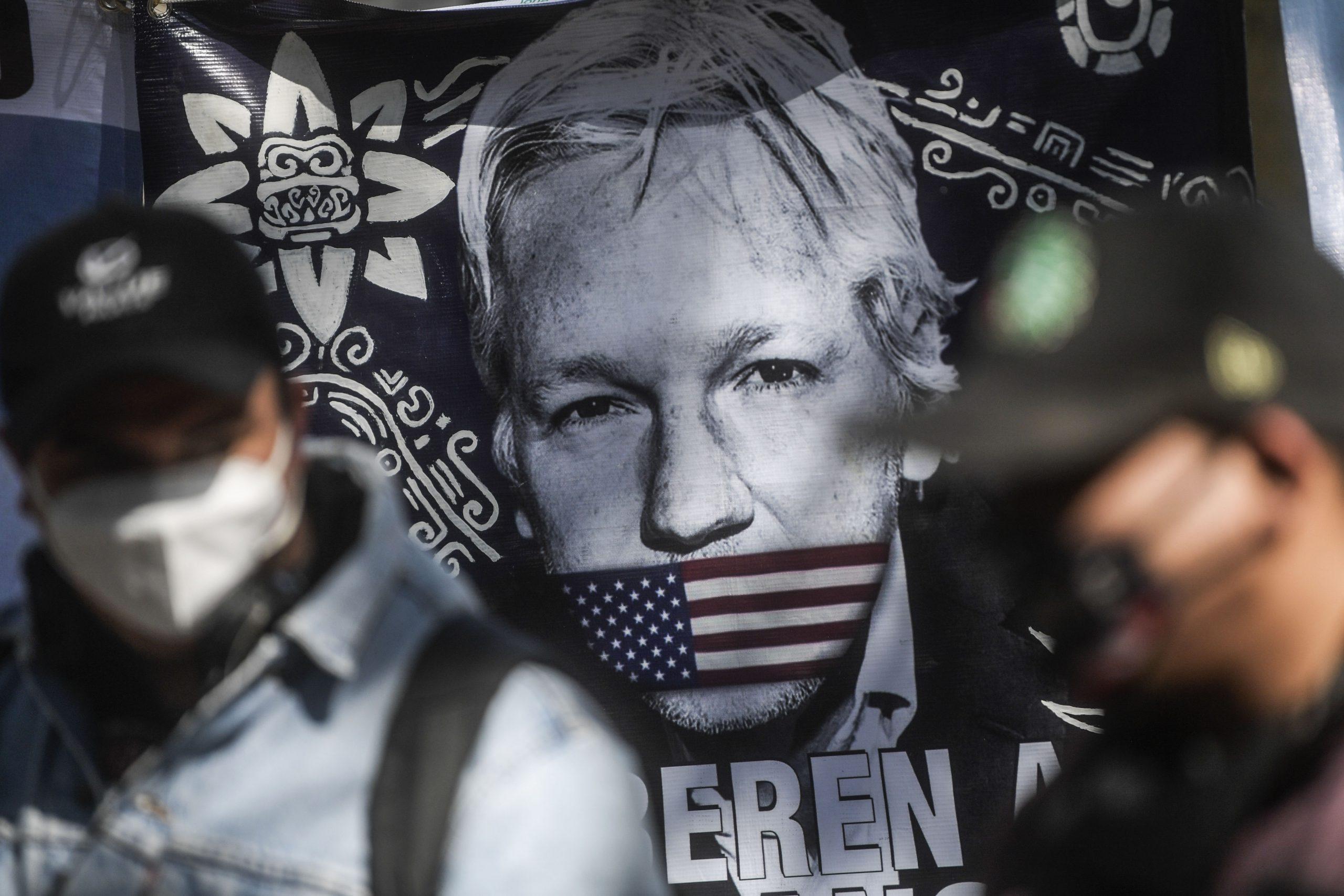 Justicia británica deniega la libertad bajo fianza a Julian Assange