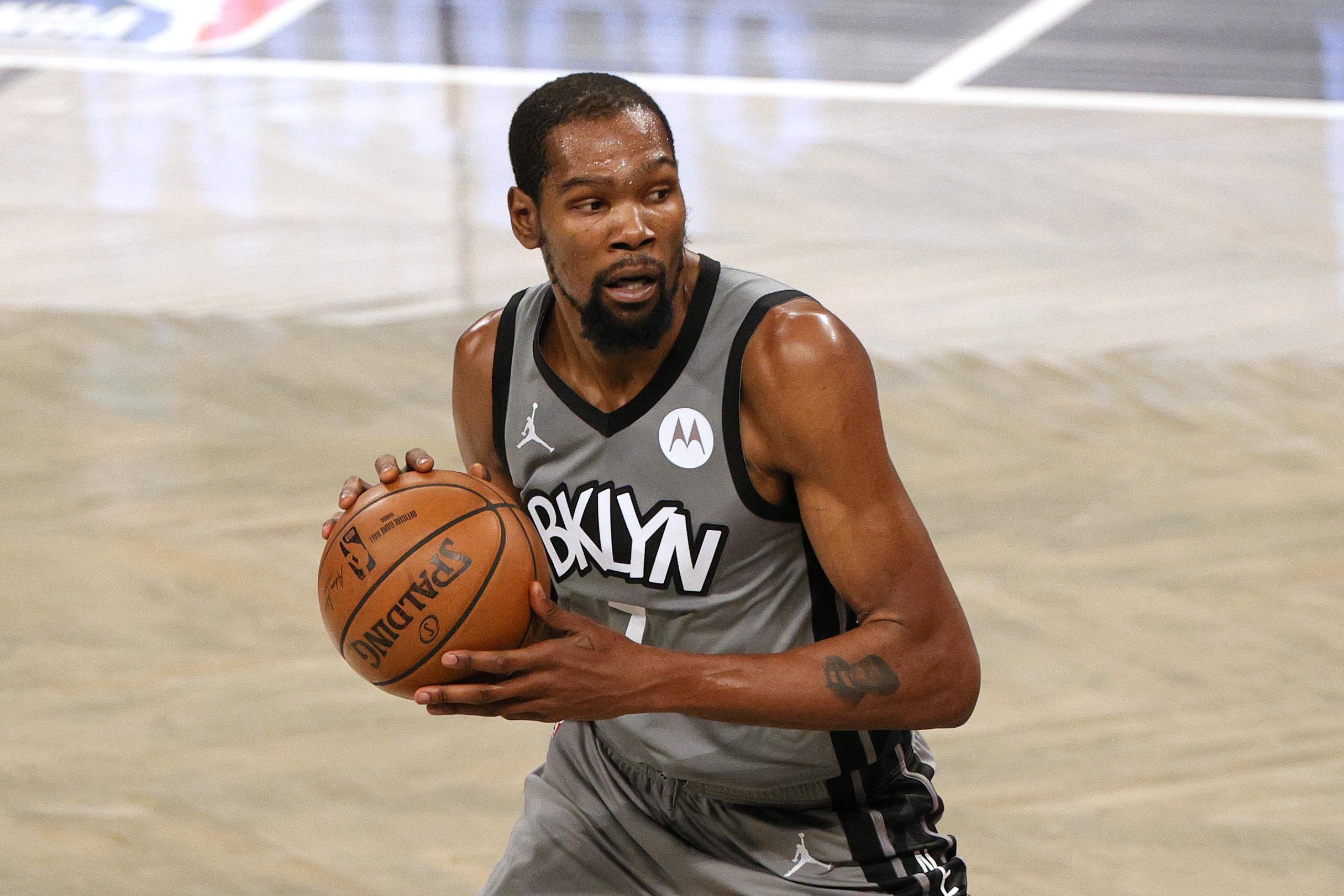 Kevin Durant, estrella de los Nets de la NBA, ausente ante Utah por protocolo sanitario