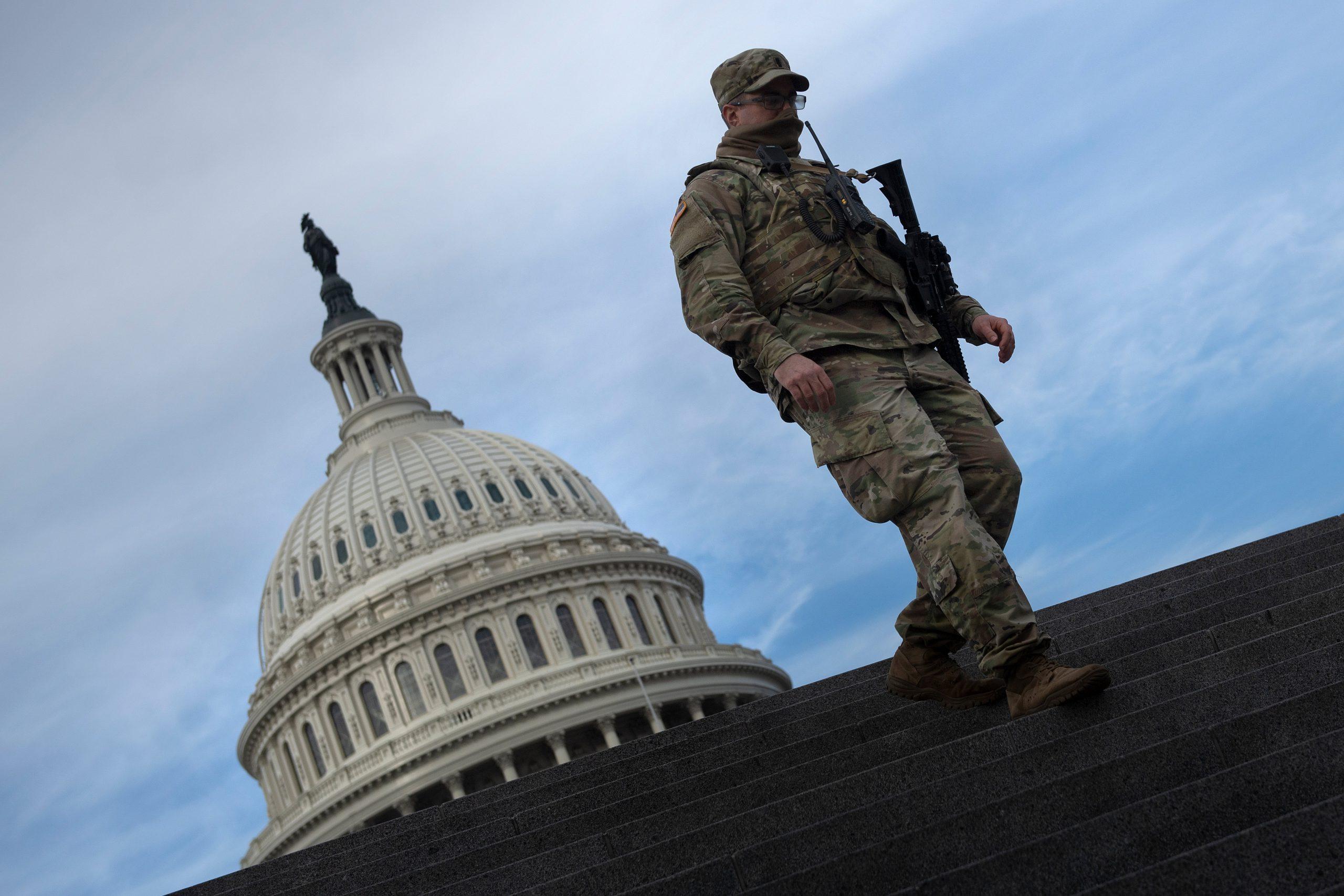 Washington fortificado por riesgos de violencia antes de investidura de Biden