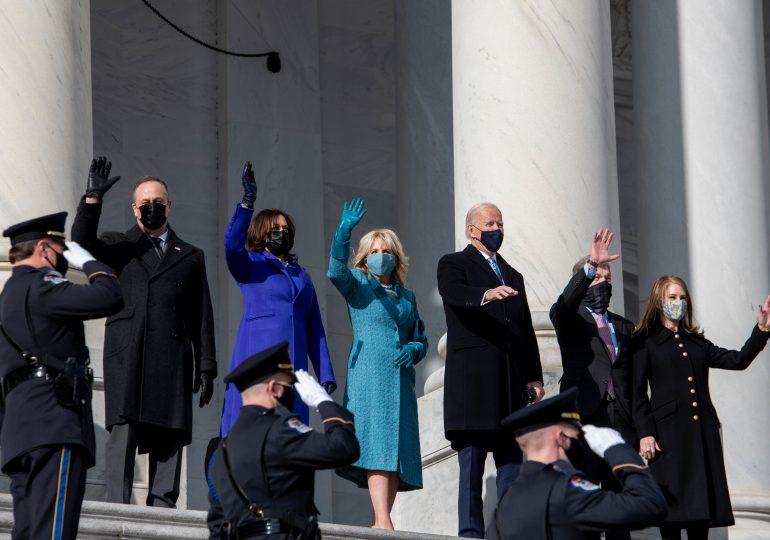 Video | Joe Biden y Kamala Harris hacen historia tras juramentación en EEUU