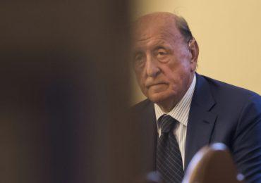 Condenan a expresidente del banco de Vaticano a casi 9 años de prisión