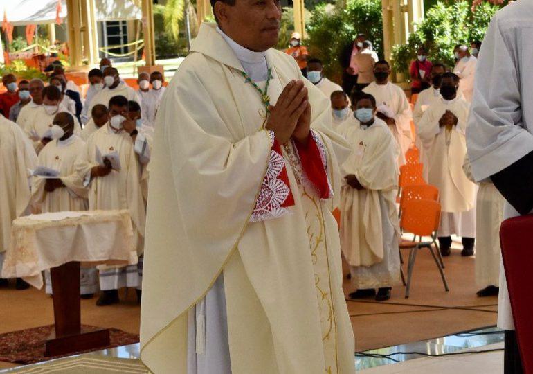 Monseñor Tomás Alejo es consagrado obispo de San Juan de la Maguana