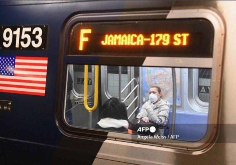Exigirán uso de mascarillas en todo transporte público en EEUU