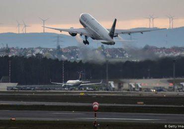 Perú extiende suspensión de vuelos desde Europa hasta el 31 de enero