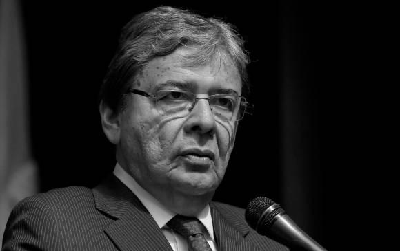 Muere ministro de Defensa colombiano, Carlos Holmes Trujillo, por coronavirus