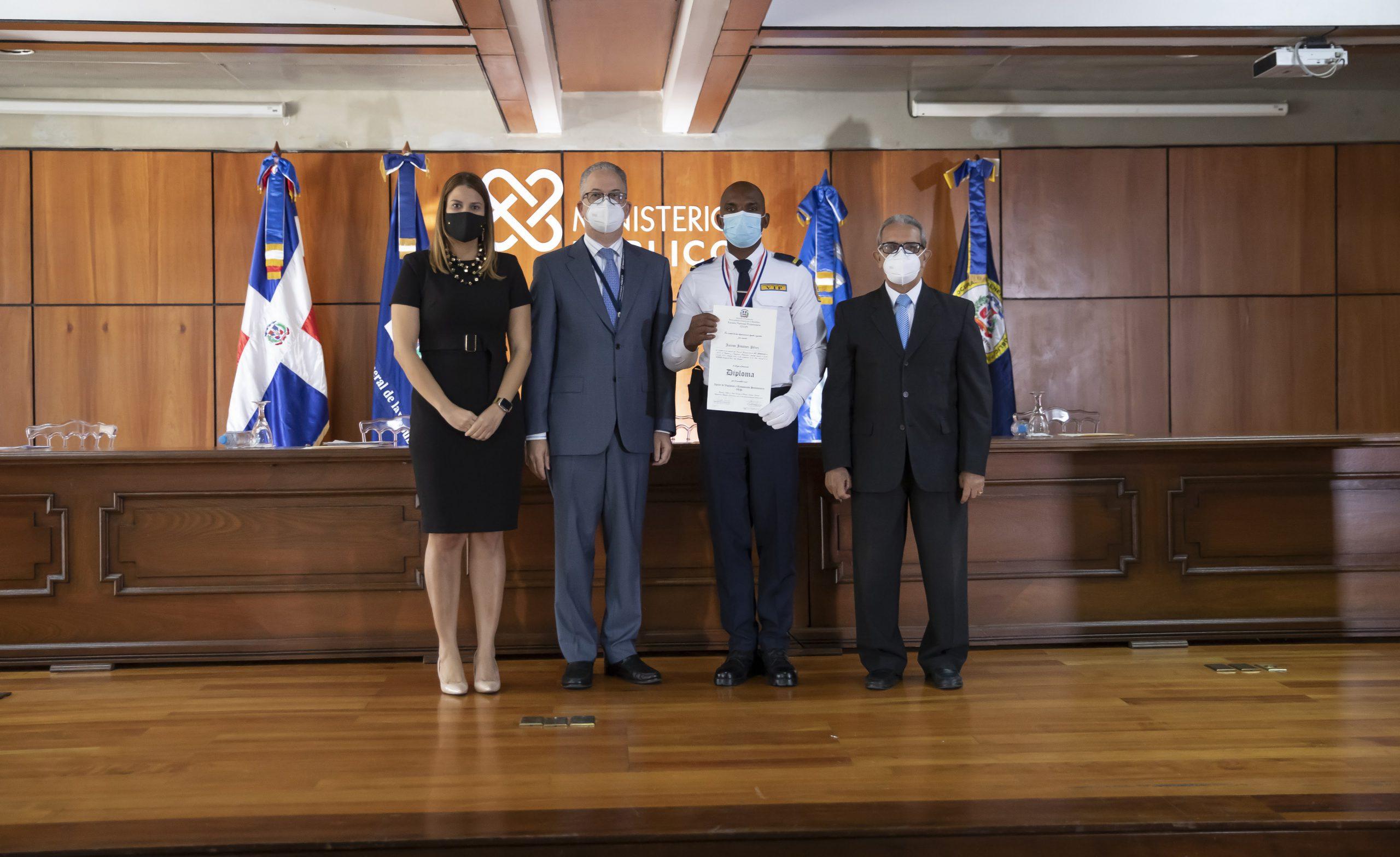 Escuela Nacional Penitenciaria celebra XXVI Promoción de Agentes de Vigilancia y Tratamiento