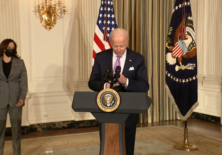Biden fija postura firme frente a Rusia en su primera llamada con Putin
