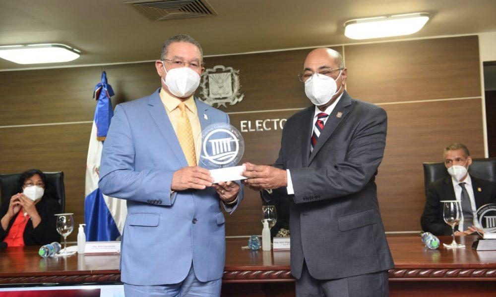 Tribunal Constitucional reconoce labor de cuatro jueces concluyen período de elección 2011-2020