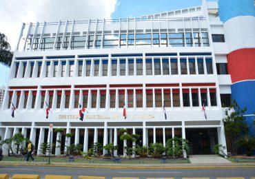 Nueva fachada del INVI será diseñada por cuatro estudiantes de arquitectura