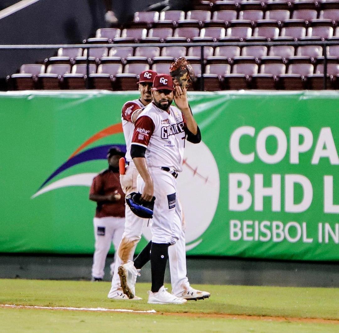 Gigantes ganan primer partido de la Serie Final