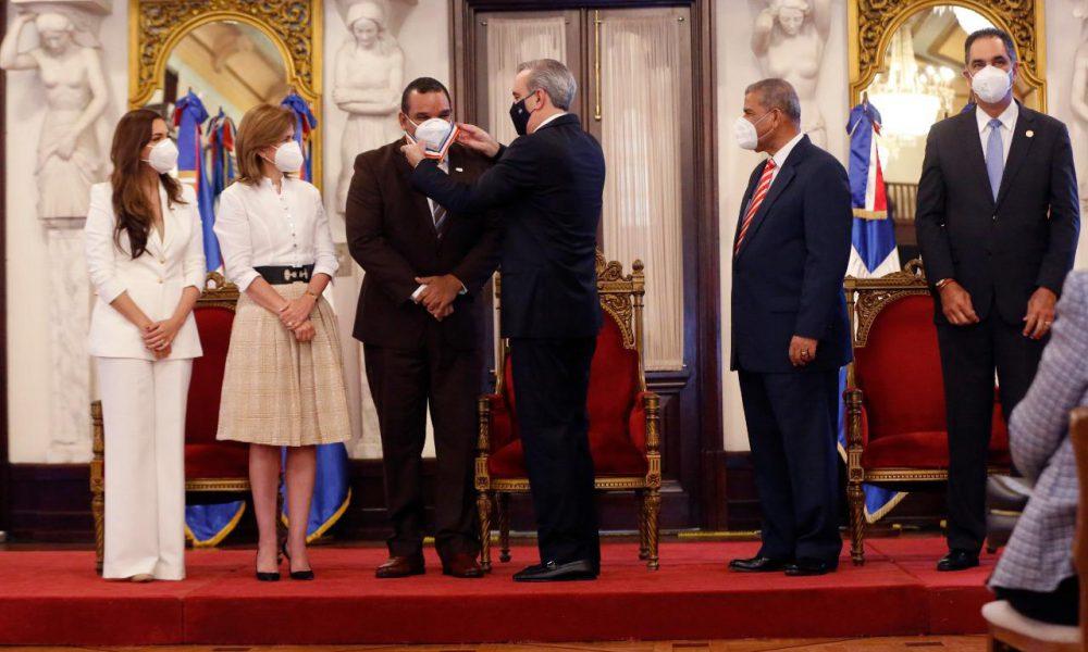 Comisión Nacional de Energía recibe Medalla de Oro Premio Nacional a la Calidad